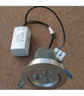 More about Infälld LED-downlight 3x3W dimbart paket inkl. transformator.